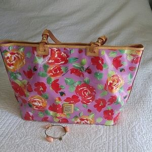 Bring spring on!  Dooney & Bourke Tote